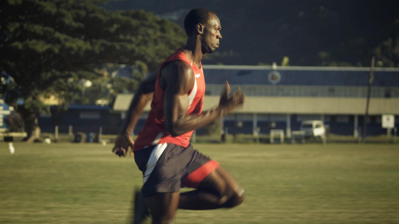 Digicel---Bolt-(0-00-43-04)